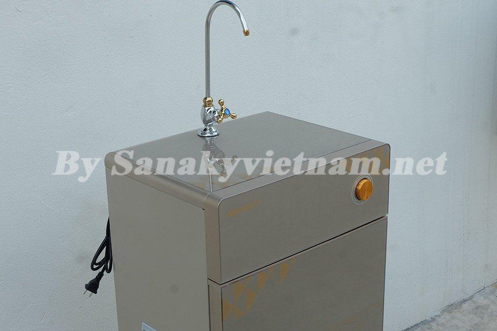 Máy lọc nước RO Sanaky SNK-S110 mới 2017 có thiết kế sang trọng