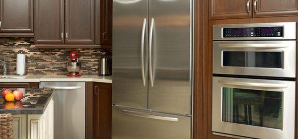 Đặt tủ lạnh tránh xa các nguồn nhiệt