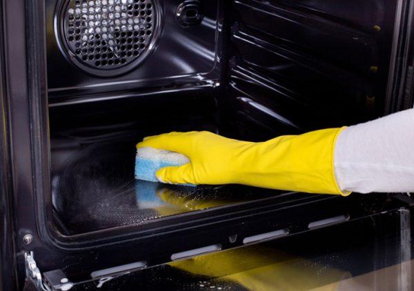 Hướng dẫn 3 cách vệ sinh lò nướng cực đơn giản tại nhà