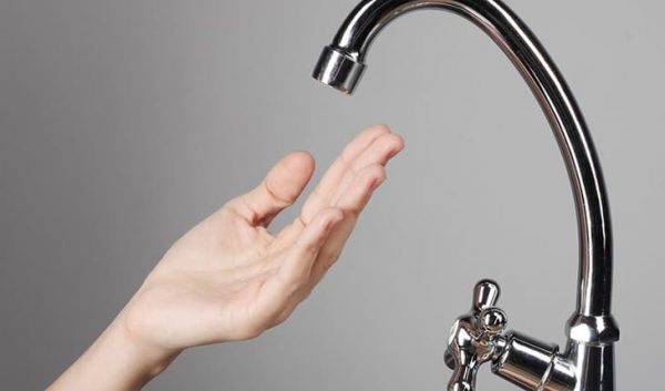 Máy lọc nước tắc, chảy yếu, rỉ nước? Nguyên nhân và cách khắc phục
